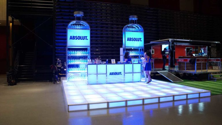 absolut-product-display-8